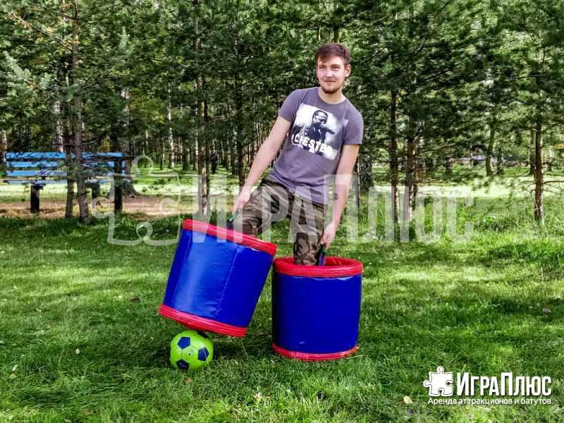 Футбол в ведрах